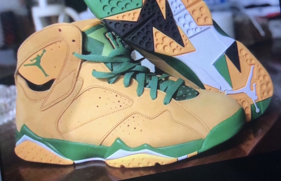 Air Jordan 7 Oregon Duck