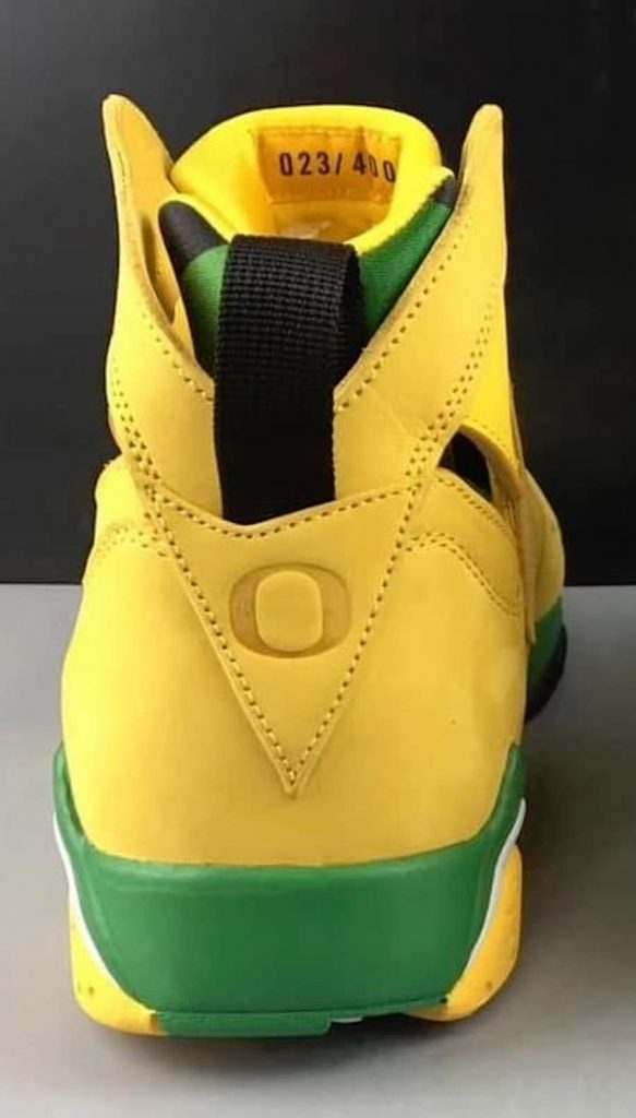 Air Jordan 7 Oregon Ducks