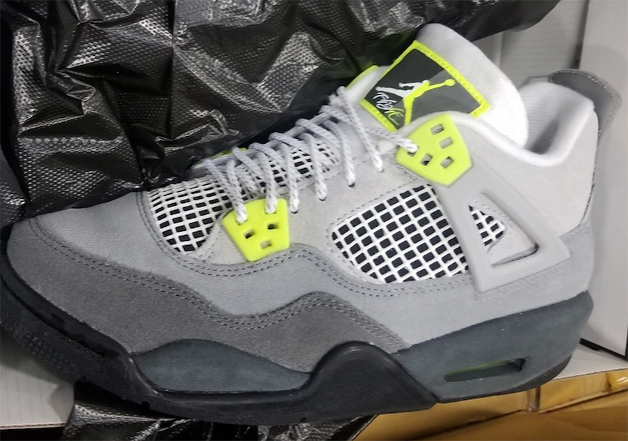 Air-Jordan-4-Air-Max-Neon-GS-CT5343-007-Release-Date