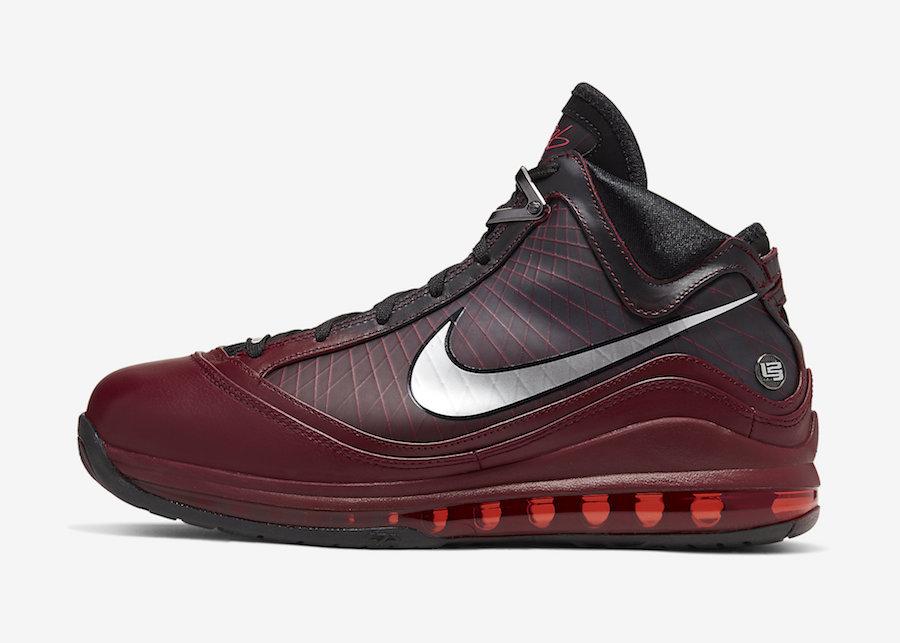 Nike LeBron 7 Christmas