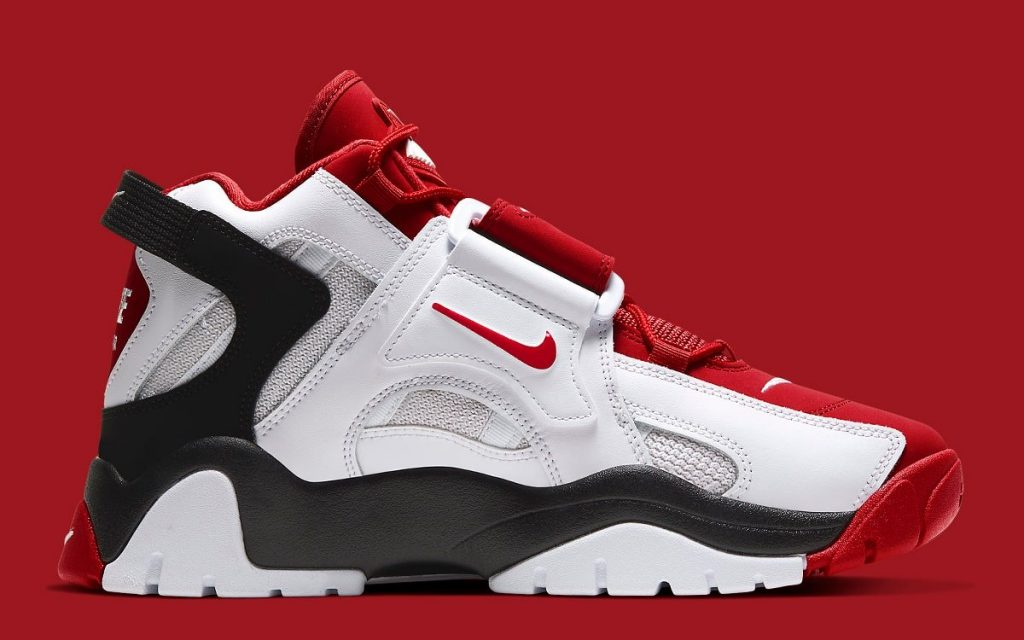 Nike Air Barrage Mid University Red