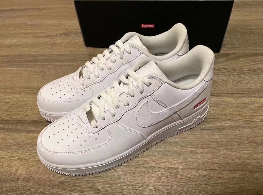 Supreme Nike Air Force 1 Low First Look