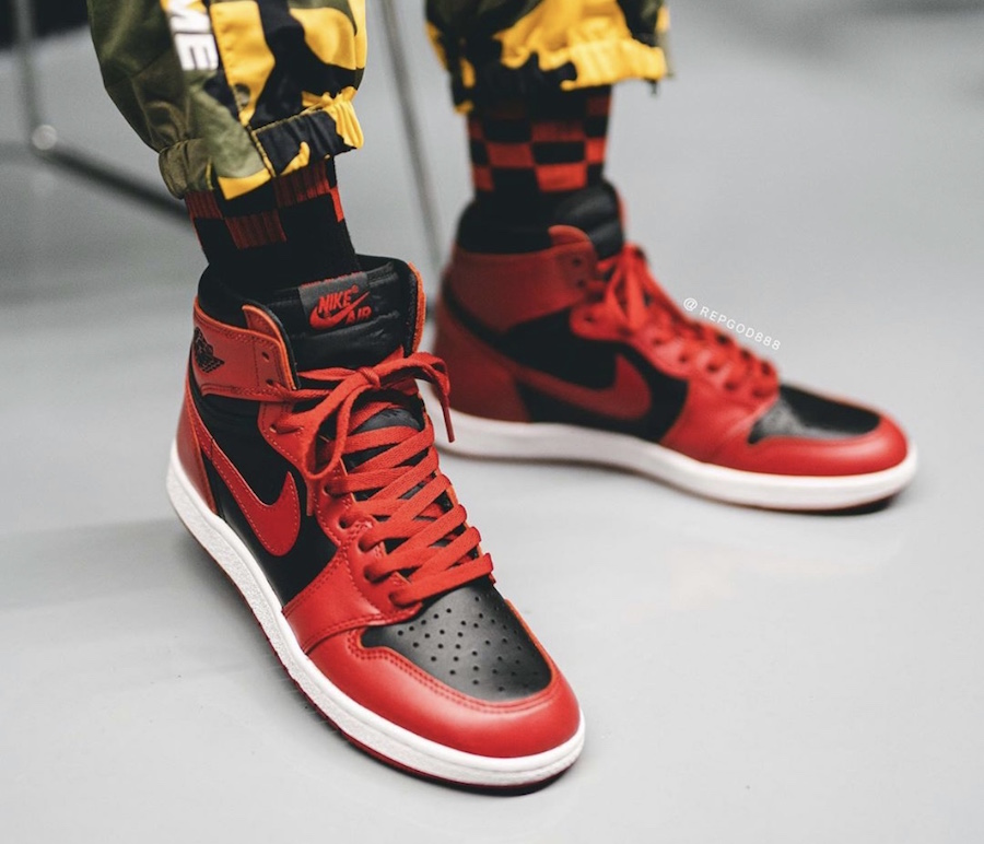 Air-Jordan-1-Hi-85-Varsity-Red-Reverse-Bred-BQ4422-600-Release-Date-On-Feet-4