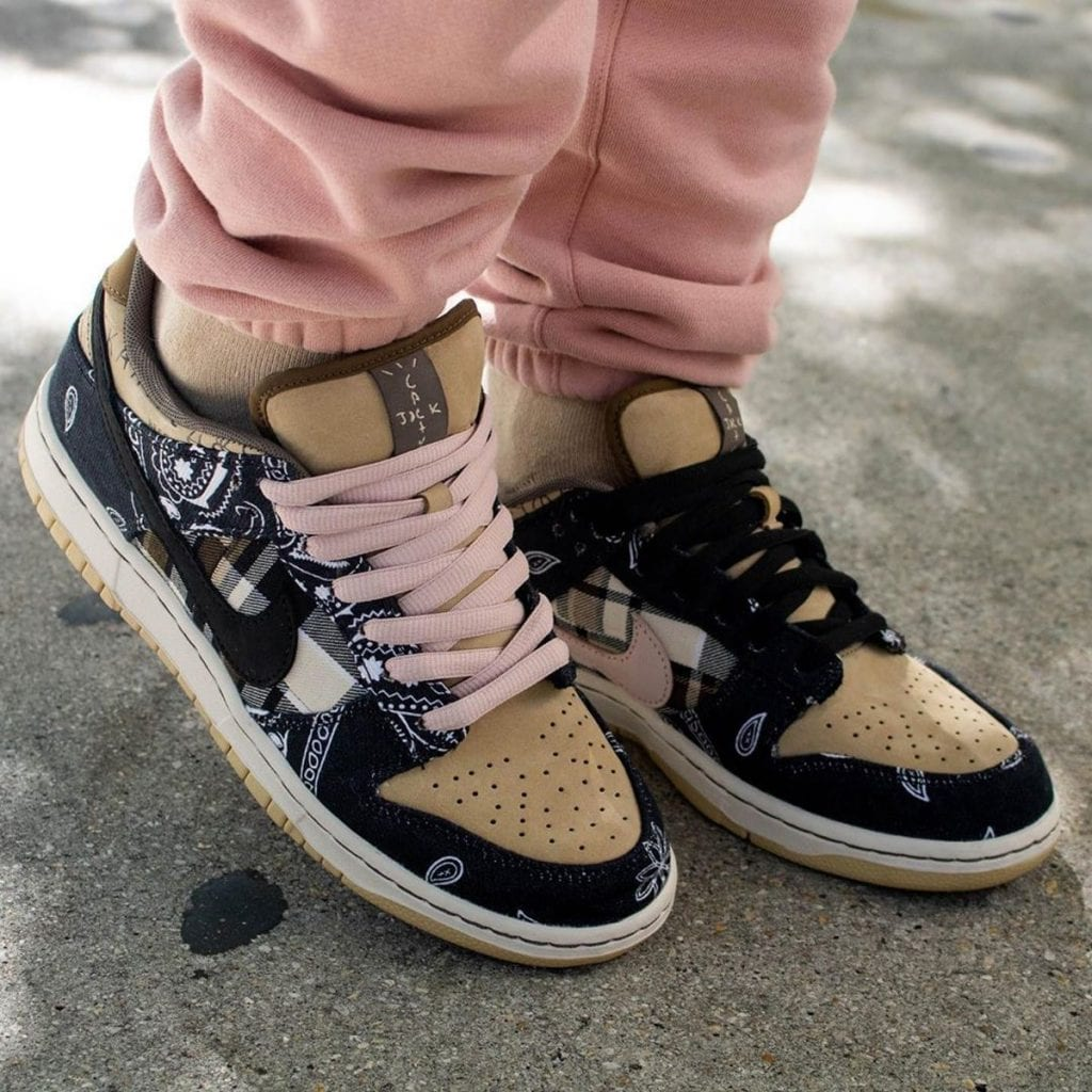 Travis Scott x Nike SB Dunk Low CT5053-001 Release Date