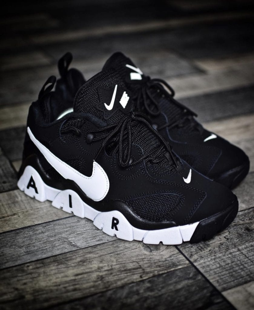 NIKE AIR BARRAGE LOW AVAILABLE IN BLACK