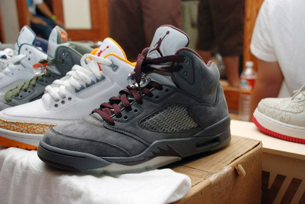 Air Jordan 5 Grey Burgundy Concept