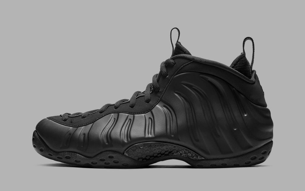 nike-air-foamposite-one-anthracite-blackout-release-date-info-2020-1200x750
