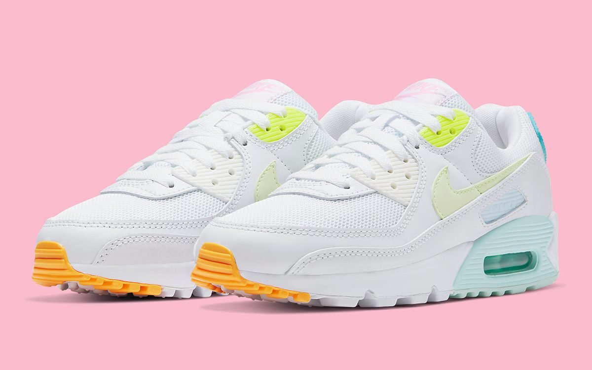 NIKE AIR MAX 90 IS READY FOR \