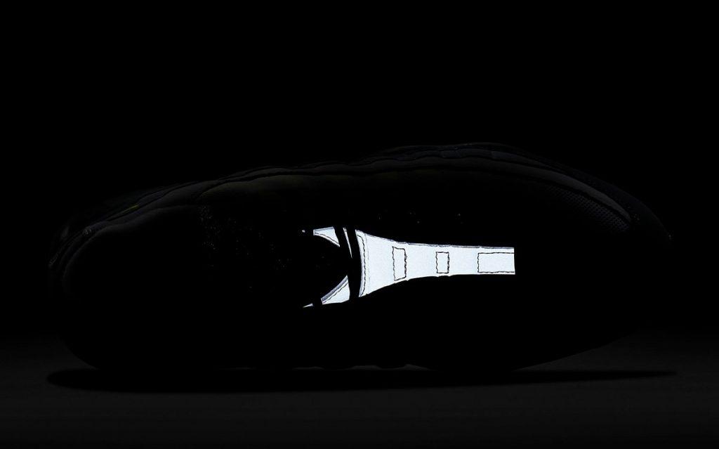 Nike-Air-Max-95-OG-Neon-CT1689-001-9