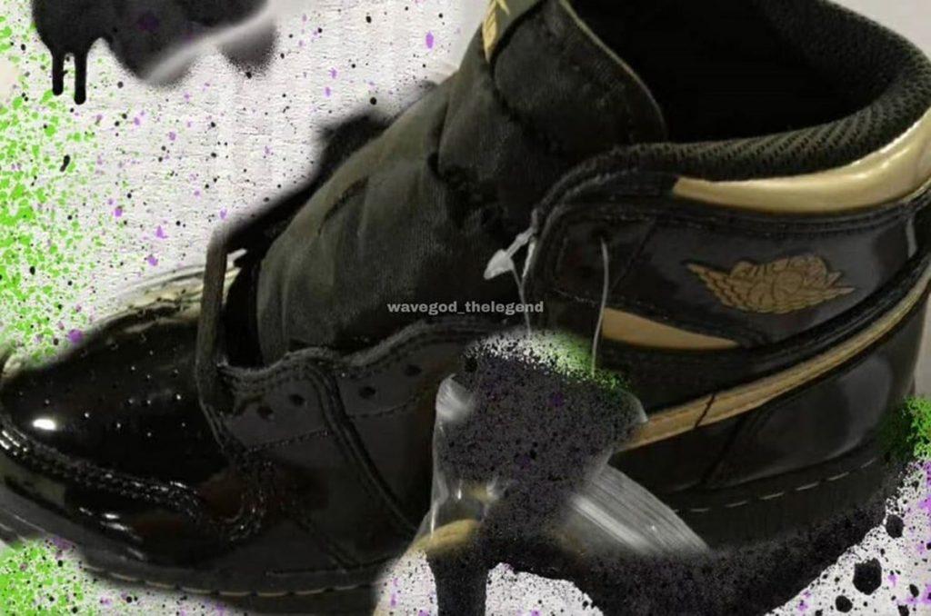 """Air Jordan 1 High OG """"Black/Metallic Gold"""""""