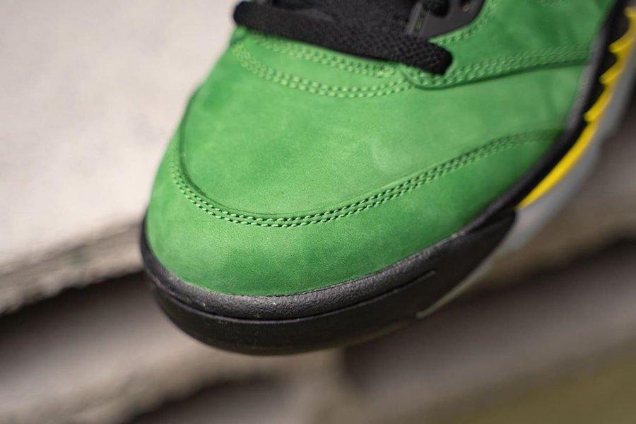 Oregon-Air-Jordan-5-Elevate-CK6631-307-Release-Date-On-Feet-7