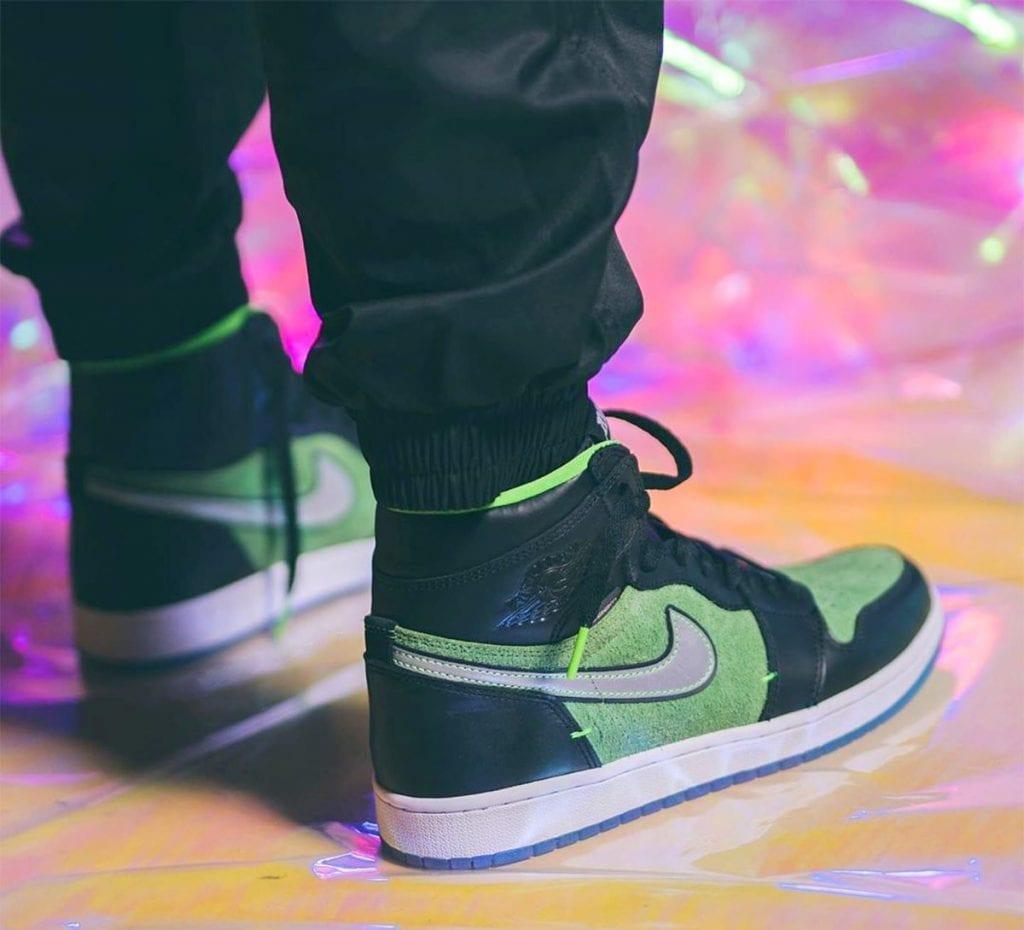air-jordan-1-high-zoom-r2t-black-green-brut-ck6637-002-release-date-info-4-2