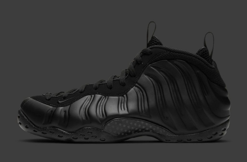 Nike Air Foamposite One Anthracite Official Look-1