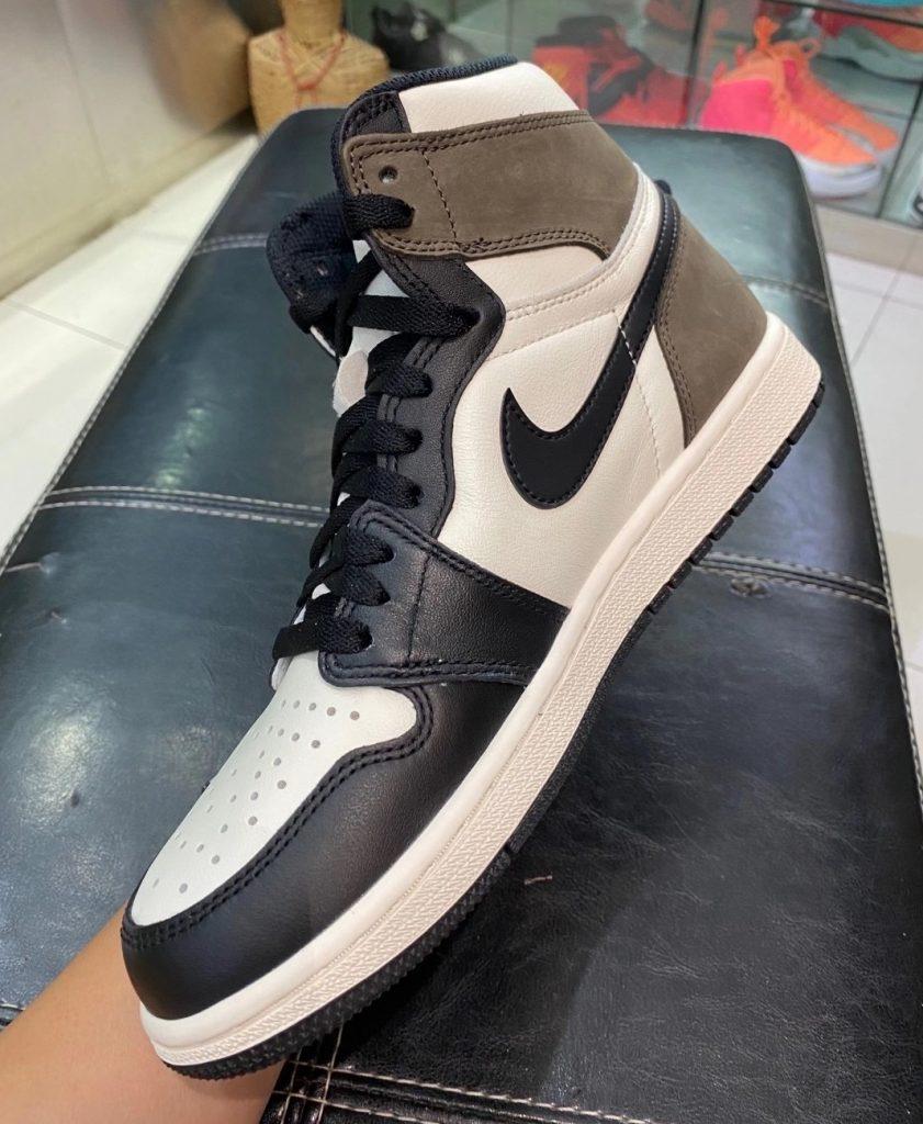 Air Jordan 1 High OG Dark Mocha-5