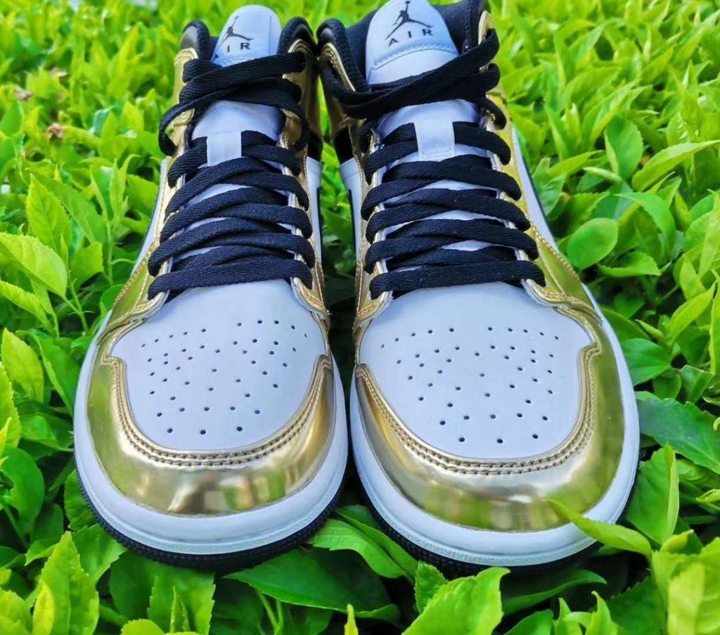 Air-Jordan-1-Mid-White-Metallic-Gold-Release-Date-1