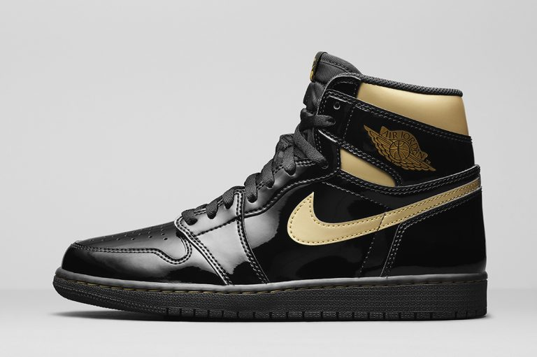 Air Jordan 1 High OG Metallic Gold