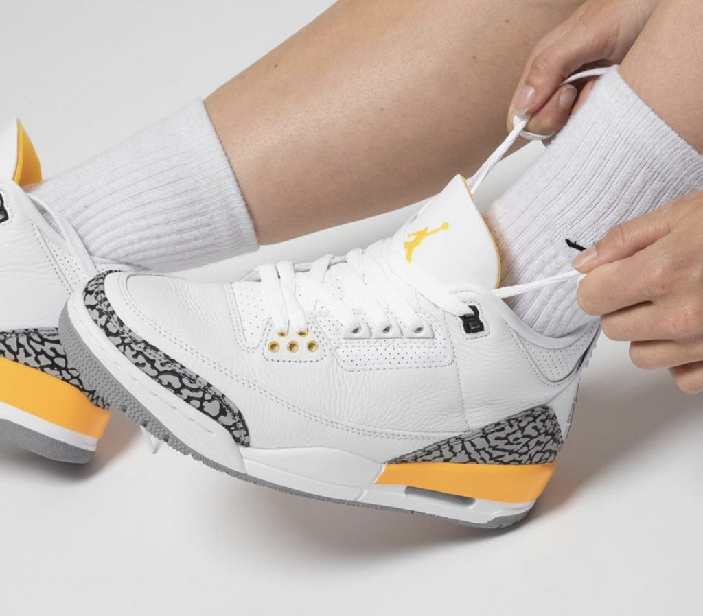 Air Jordan 3 WMNS Laser Orange On-Feet