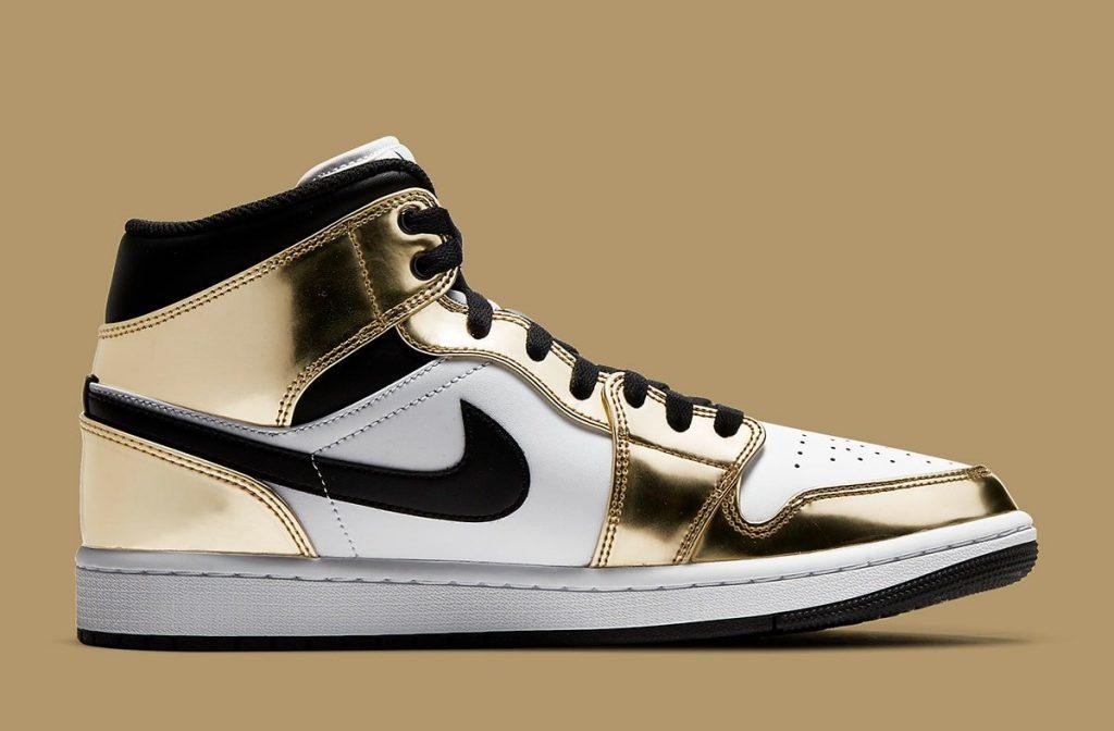 Air Jordan 1 Mid Metallic Gold Official Look-4