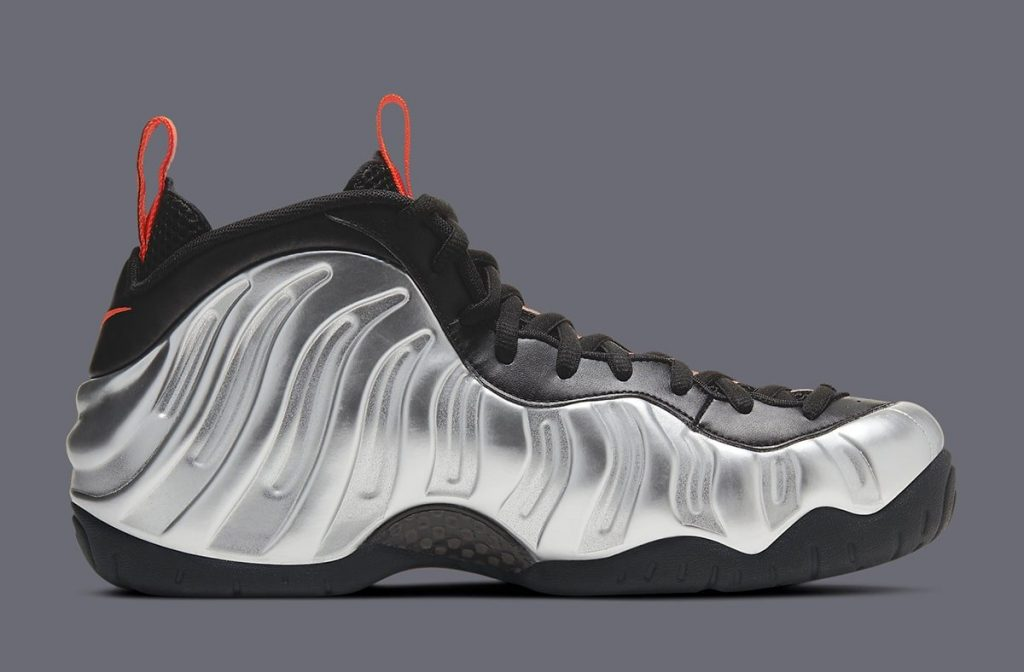 NIKE AIR FOAMPOSITE PRO HALLOWEEN FEATURED IMAGE-3