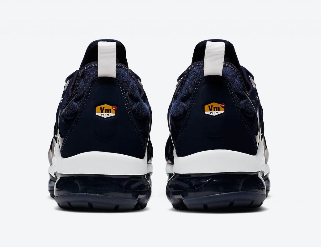 nike-air-vapormax-plus-midnight-navy-dh0611-400-release-date-info-3