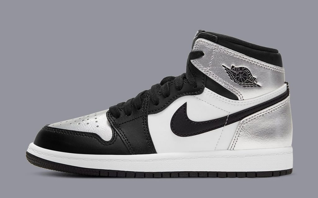 silver-toe-air-jordan-1-high-og-metallic-silver-black-cd0461-001-release-date-2