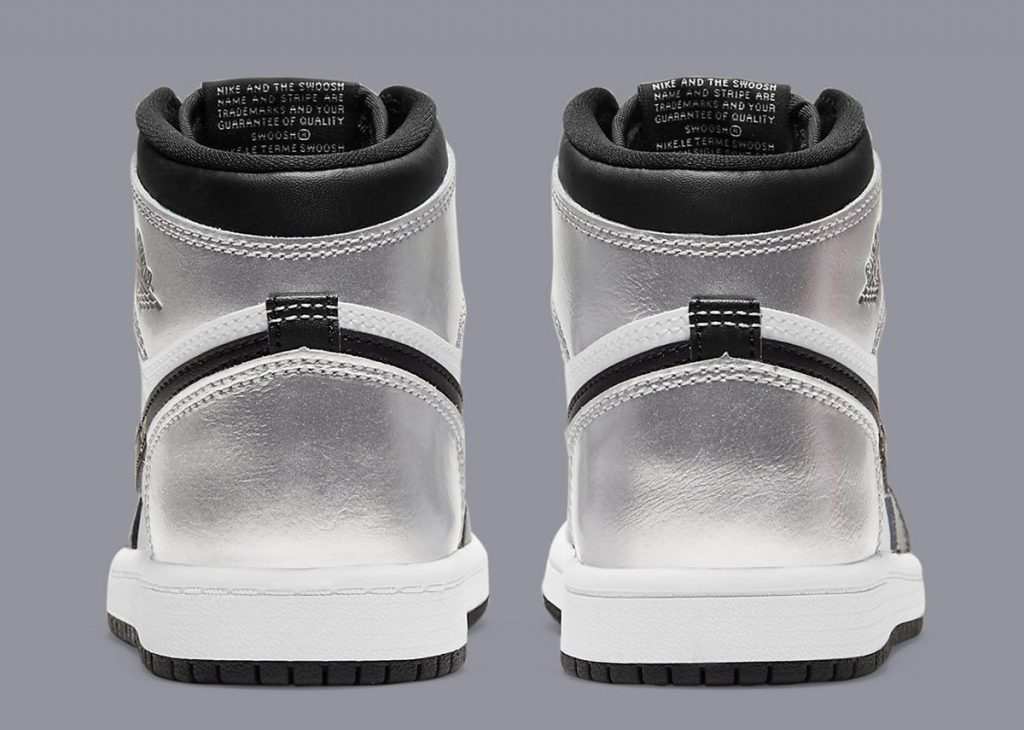 silver-toe-air-jordan-1-metallic-silver-black-cd0461-001-release-date-5