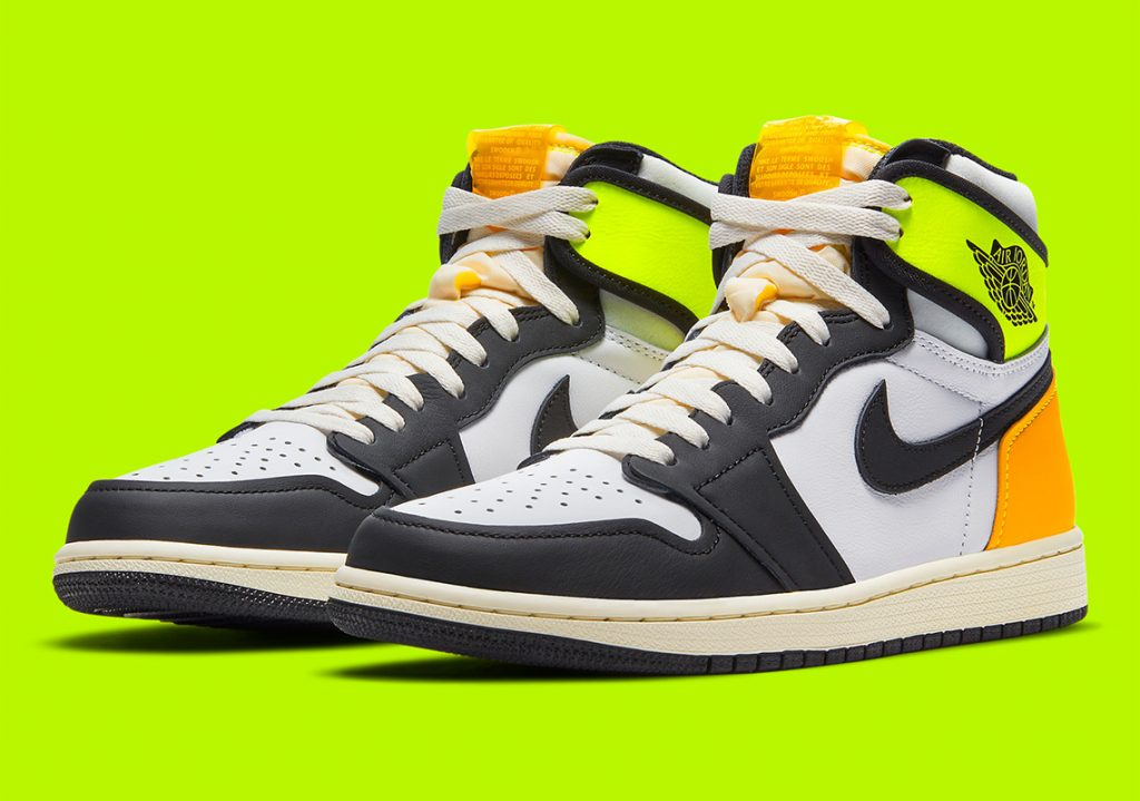 air-jordan-1-high-OG-volt-gold-555088-118-8