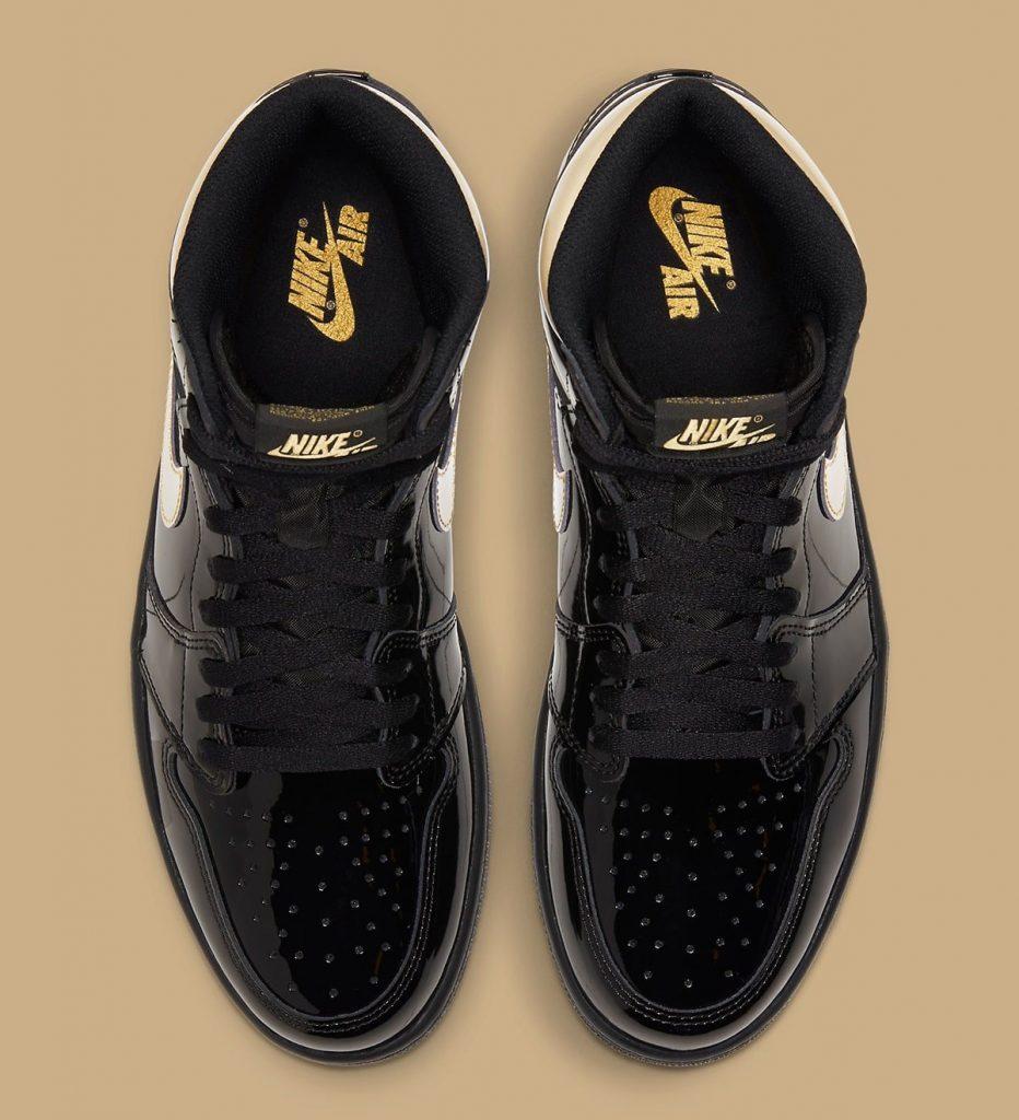 air-jordan-1-high-black-metallic-gold-555088-032-holiday-2020-release-date-4
