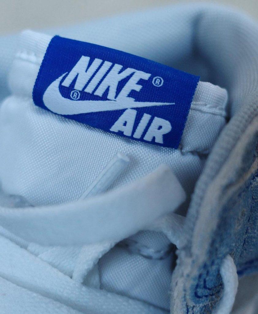 air-jordan-1-hyper-royal-light-smoke-grey-white-555088-402-release-date-7