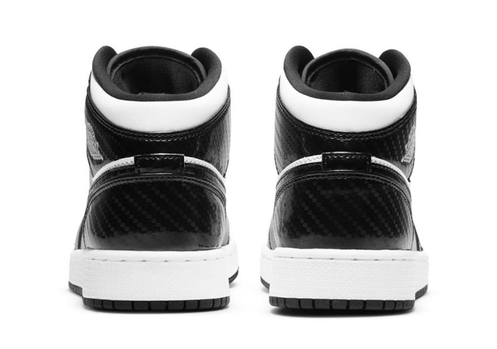 air-jordan-1-mid-gs-black-white-carbon-fiber-5
