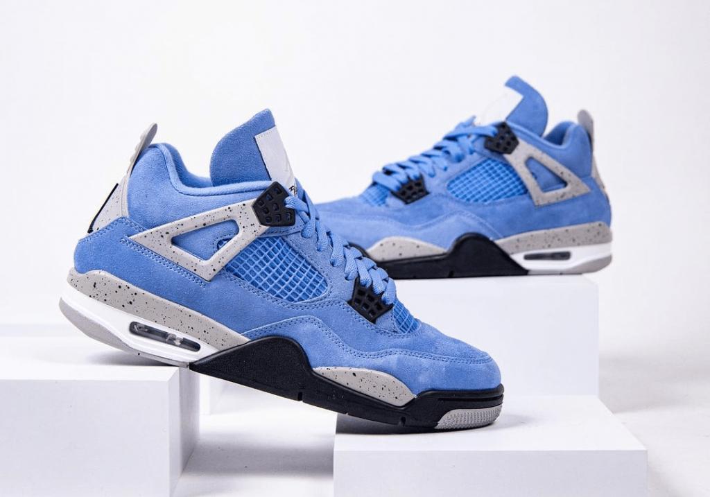 Air-Jordan-4-SE-University-Blue-3