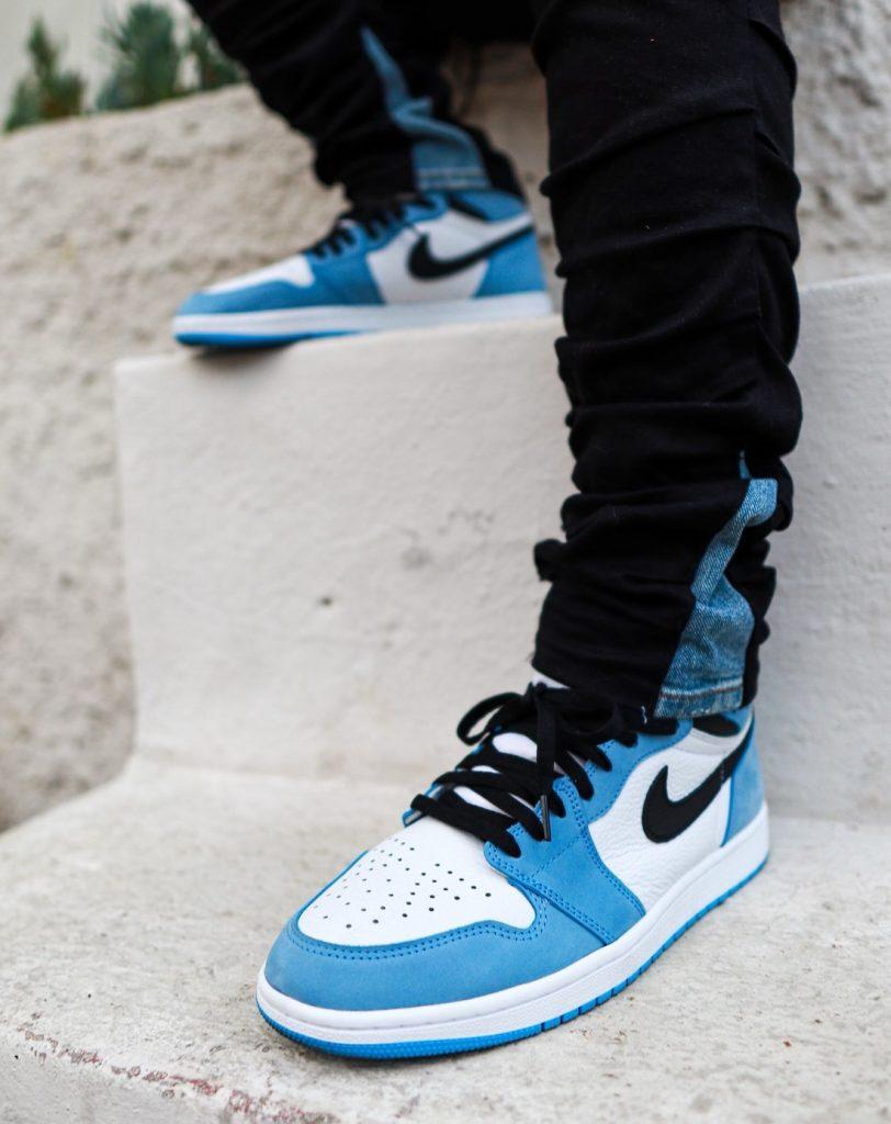 Air-Jordan-1-High-OG-University-Blue-555088-134-Release-Date-On-Feet-3