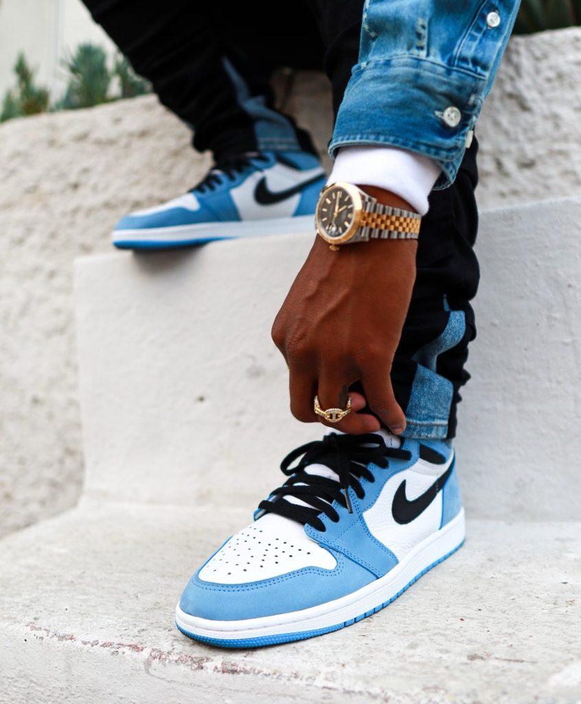 Air-Jordan-1-High-OG-University-Blue-555088-134-Release-Date-On-Feet-5