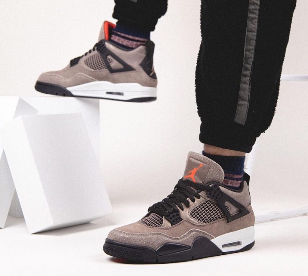 Air-Jordan-4-Taupe-Haze-DB0732-200-Release-Date-On-Feet-4