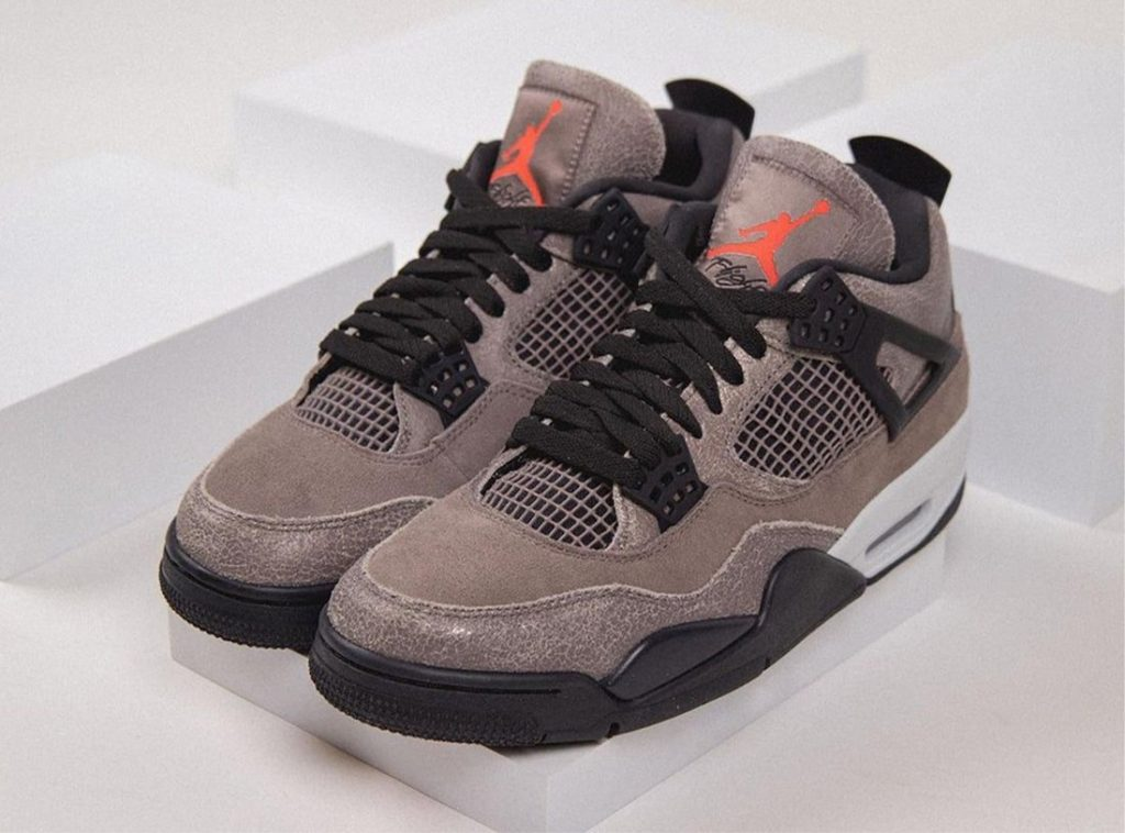 Air-Jordan-4-Taupe-Haze-DB0732-200-Release-Date-On-Feet-8