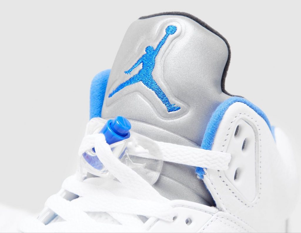 Air-Jordan-5-Stealth-Hyper-Royal-DD0587-140-Release-Date-2