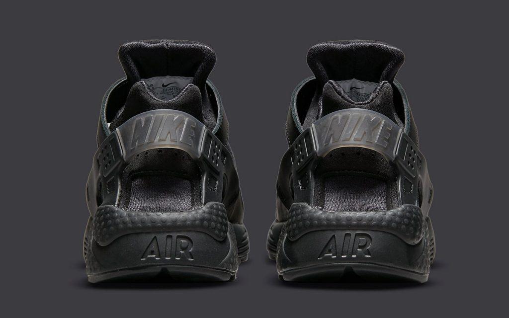 triple-black-nike-air-huarache-dh4439-001-release-date-5