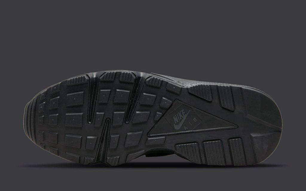 triple-black-nike-air-huarache-dh4439-001-release-date-6