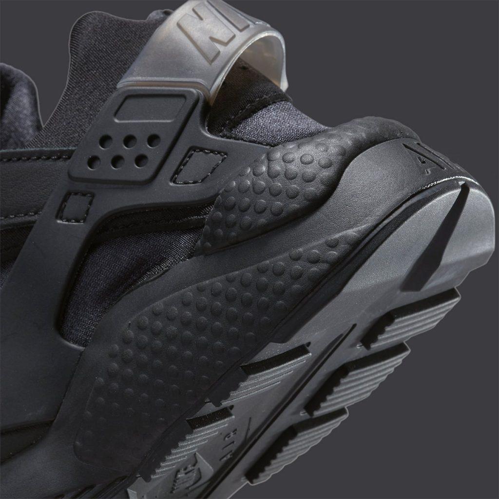 triple-black-nike-air-huarache-dh4439-001-release-date-8