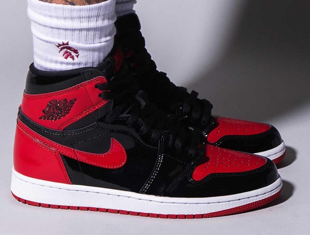 Air-Jordan-1-Bred-Patent-555088-063-Release-Date-On-Feet-2