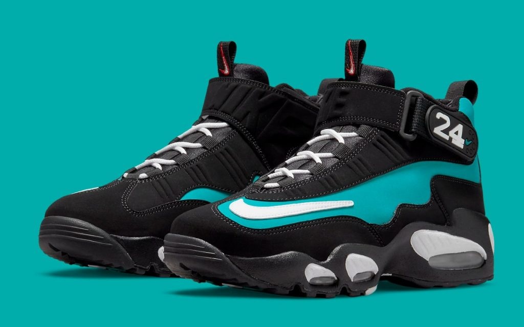 nike-air-griffey-max-1-black-freshwater-release-date-2021-1