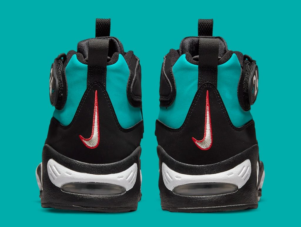 nike-air-griffey-max-1-black-freshwater-release-date-2021-5