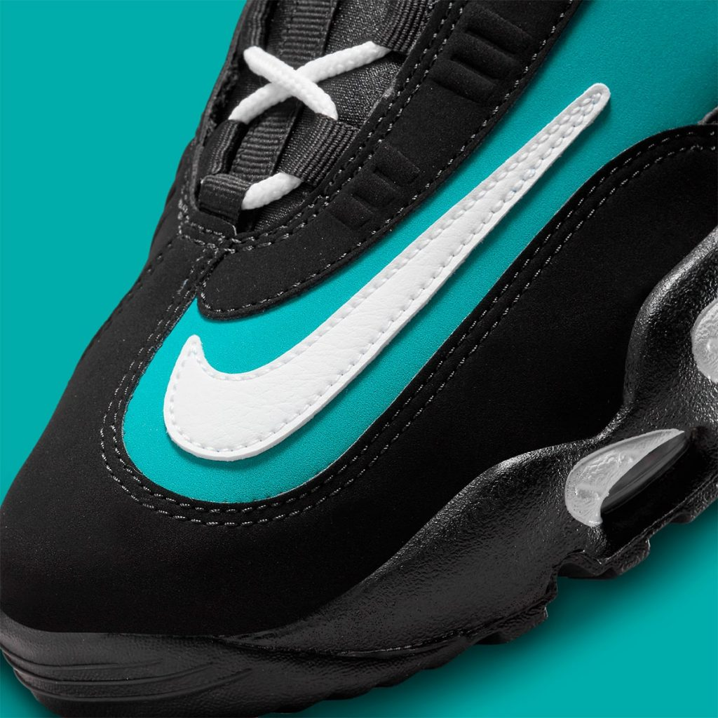 nike-air-griffey-max-1-black-freshwater-release-date-2021-8