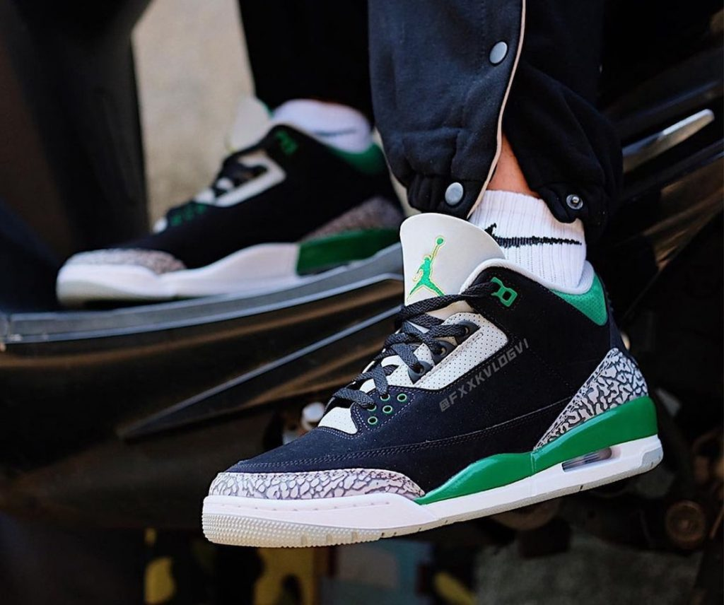 Air-Jordan-3-Pine-Green-CT8532-030-Release-Date-On-Foot