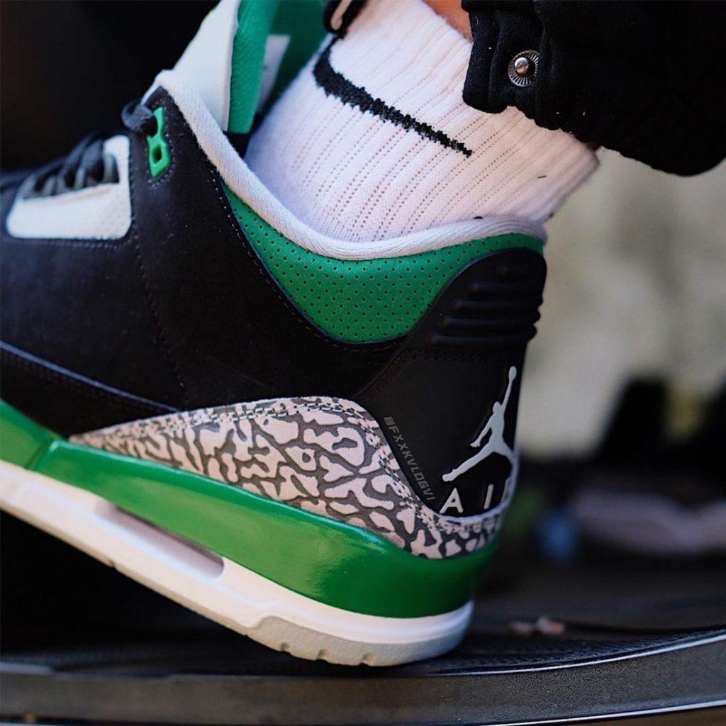 Air-Jordan-3-Pine-Green-CT8532-030-Release-Date-On-Foot-4
