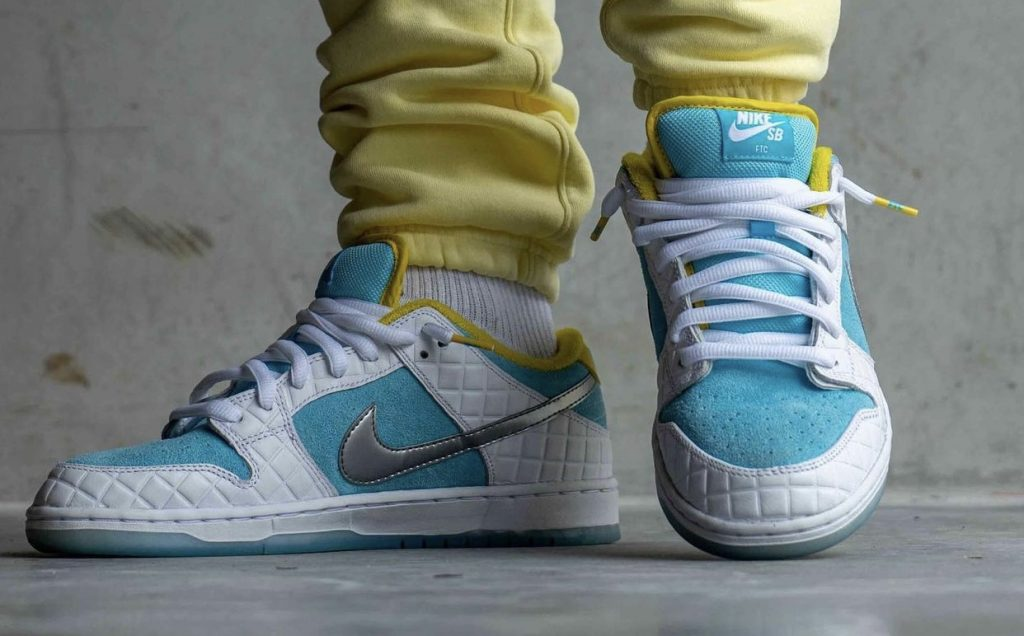 FTC-Nike-SB-Dunk-Low-DH7687-400-2021-Release-Date-On-Feet-2