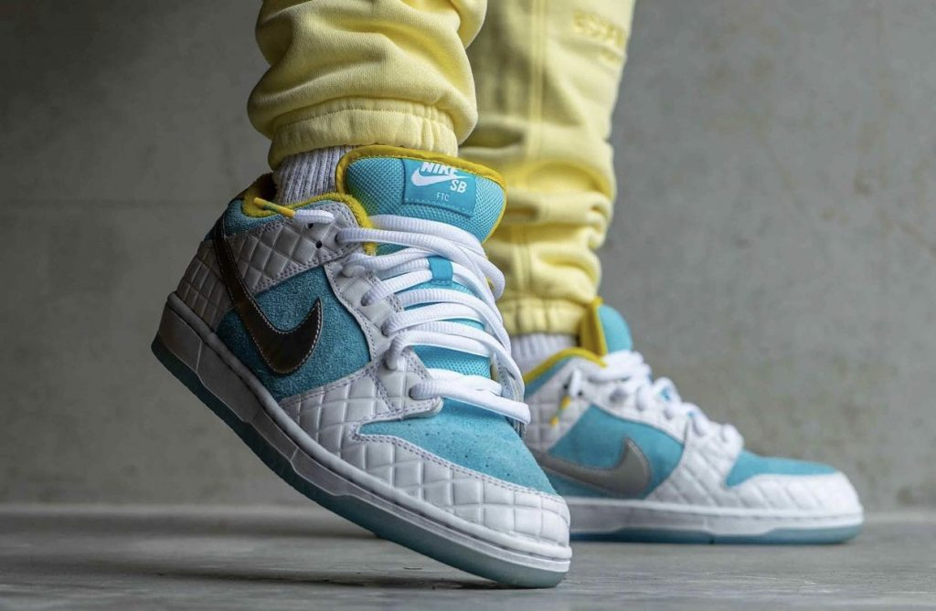 FTC-Nike-SB-Dunk-Low-DH7687-400-2021-Release-Date-On-Feet-3