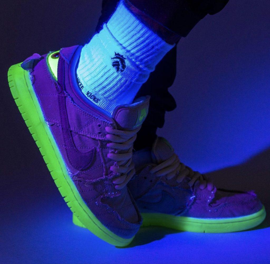 Nike-SB-Dunk-Low-Mummy-Halloween-DM0774-111-Release-Date-On-Feet-3