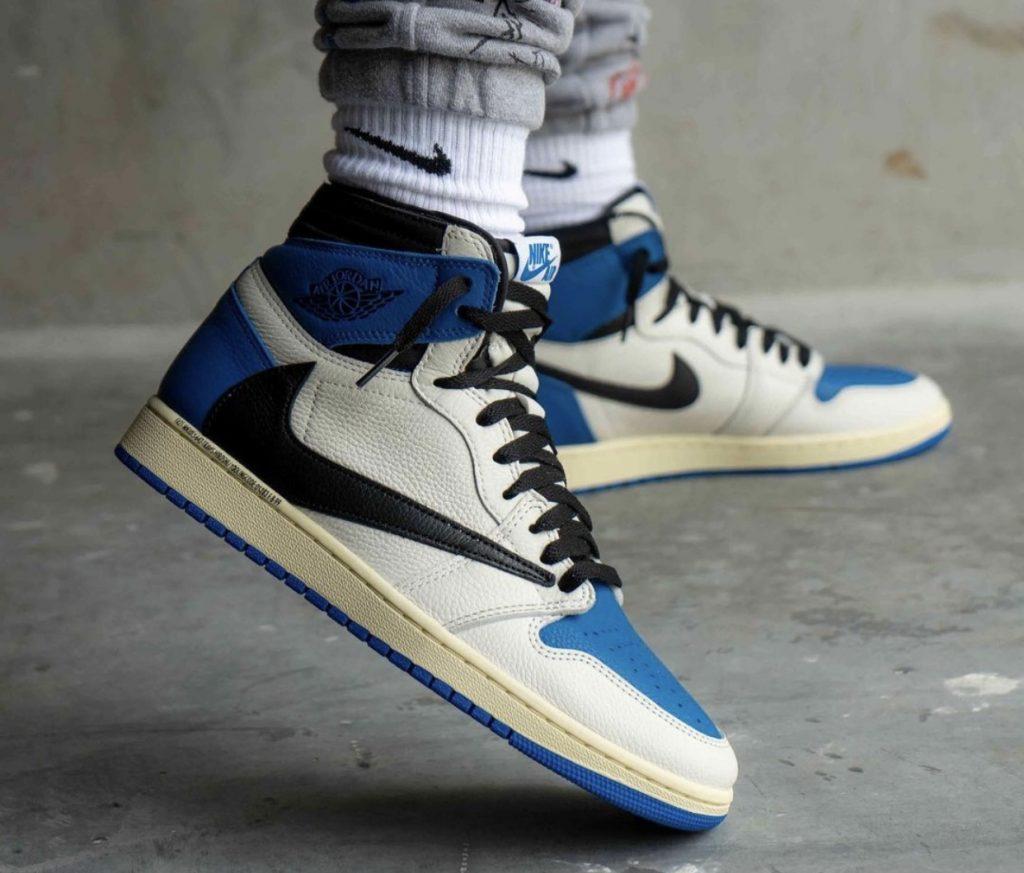 Travis-Scott-Fragment-Air-Jordan-1-High-OG-Military-Blue-On-Feet-2
