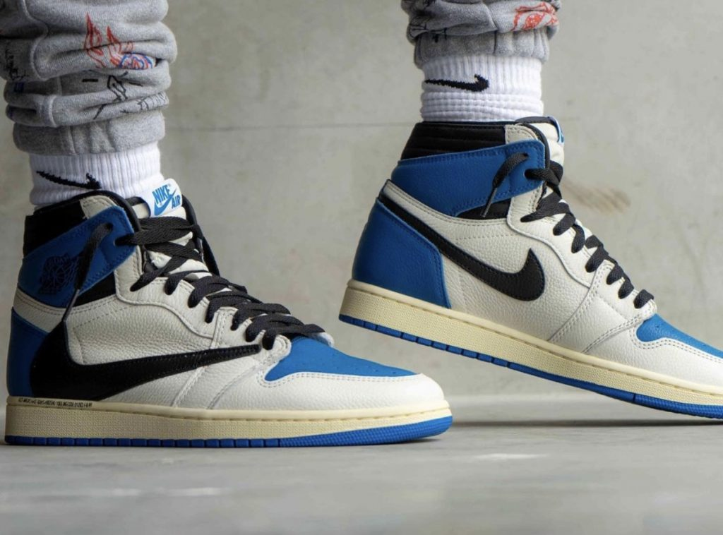 Travis-Scott-Fragment-Air-Jordan-1-High-OG-Military-Blue-On-Feet-3